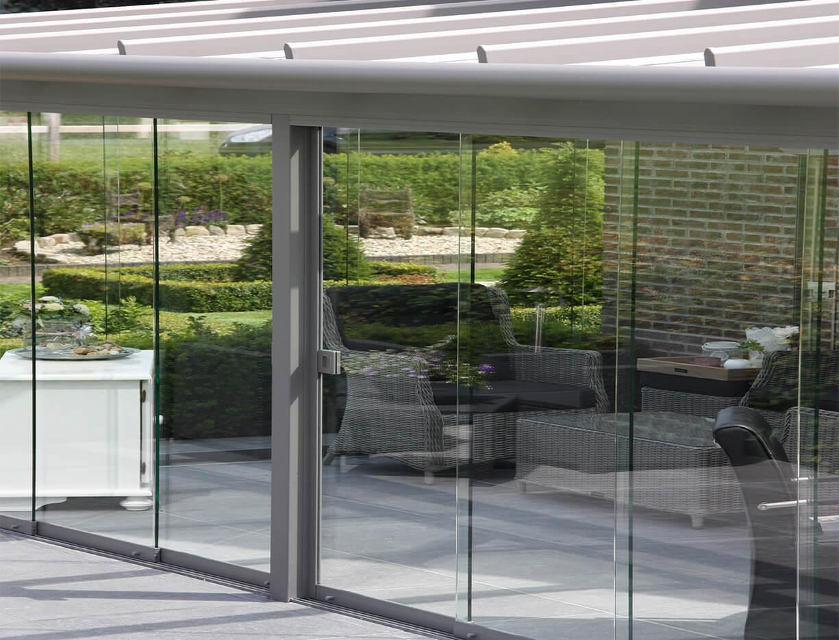 ERHARDT Terrassendach Schiebeelemente - Sicht von außen